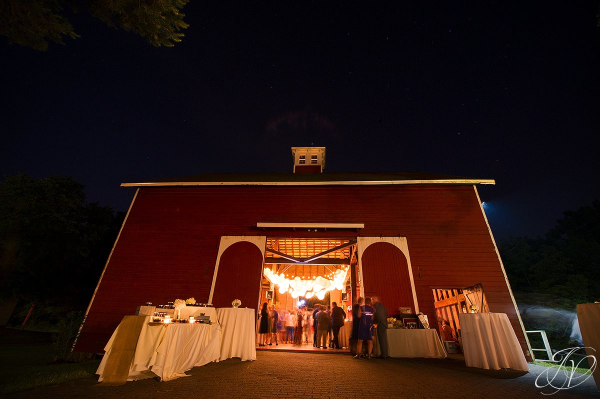 pruyn house wedding reception photo, pruyn house barns at night, outdoor reception photo, outside reception detail photos, pruyn house wedding, albany wedding photography