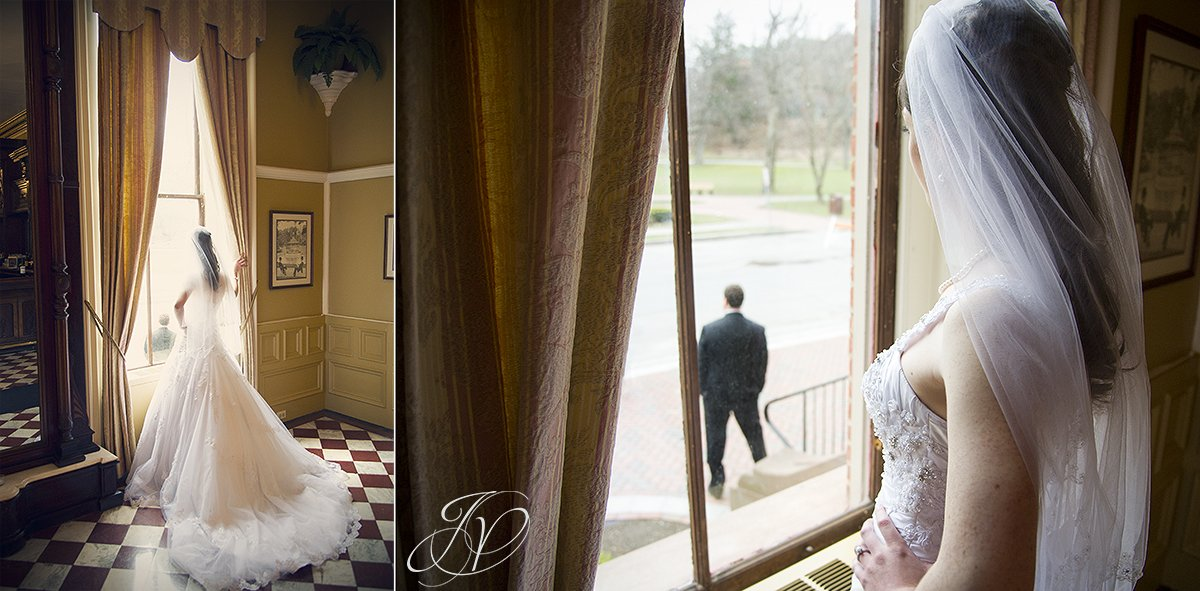first look photo, first look photos, The Canfield Casino wedding, Saratoga Wedding Photographer, happy bride photo, bride looking out window at groom