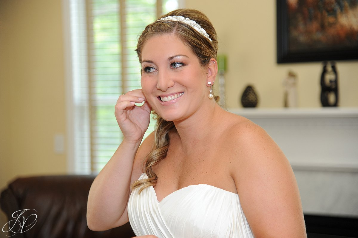 Mohawk River Country Club & Chateau, Saratoga Wedding Photographer, beautiful bride photo, photo of bride
