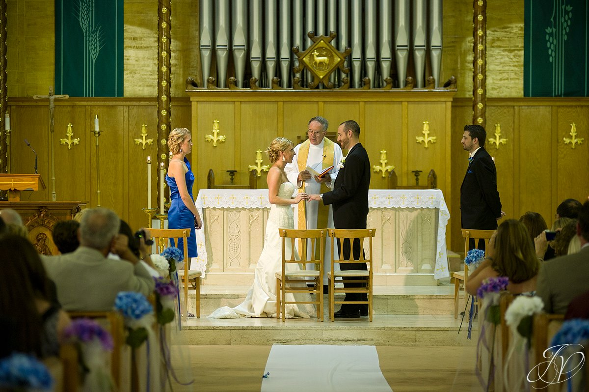 wedding vows photo, blessed sacrament wedding photos, wedding ceremony photos, Albany Wedding Photographer