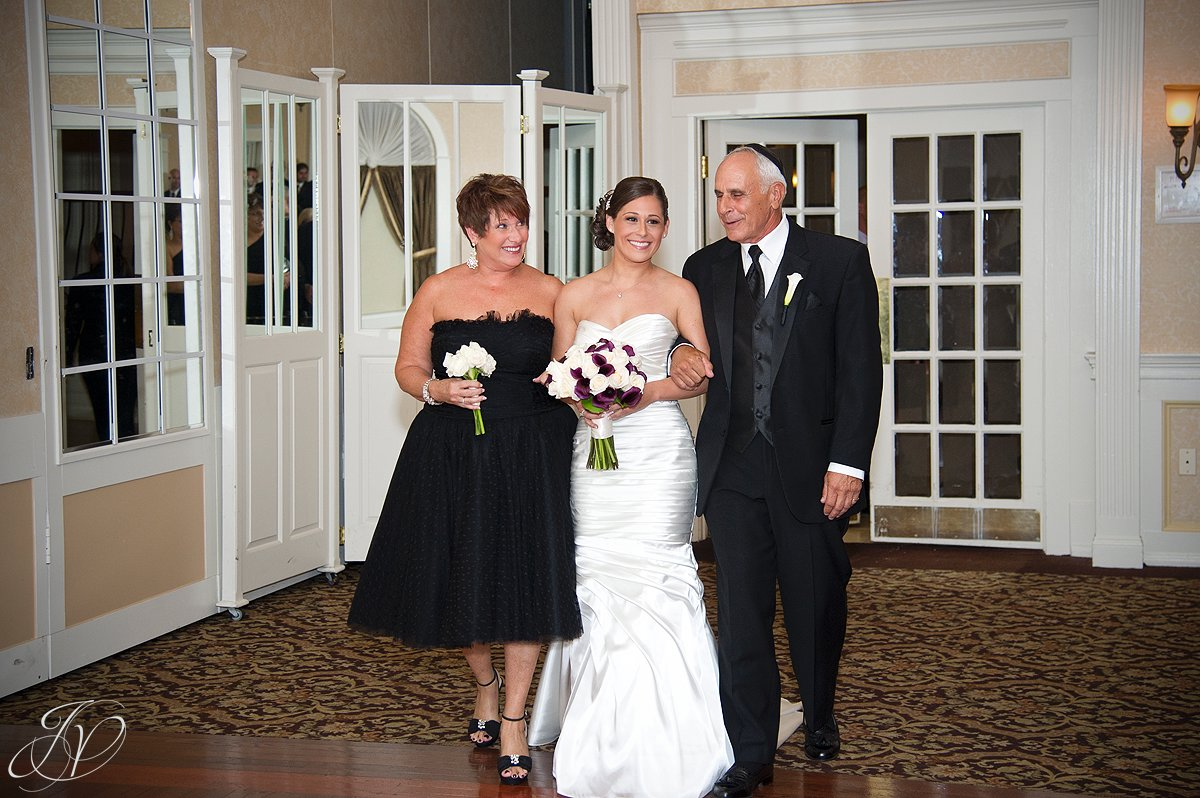 parents of the bride, The Glen Sanders Mansion, Albany Wedding Photographer