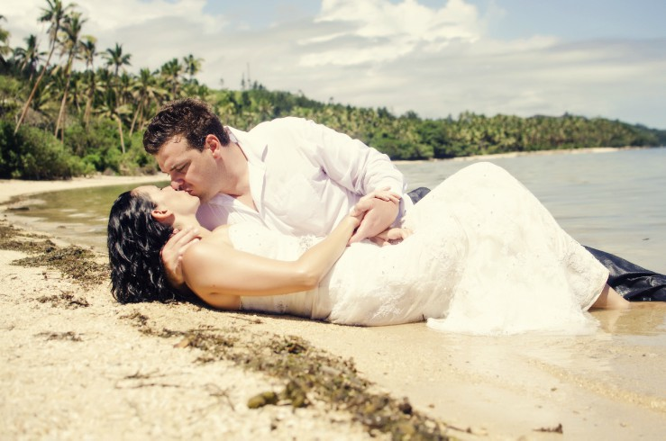 Bella Lei Photography- Gold Coast Photographer - Drown the Gown