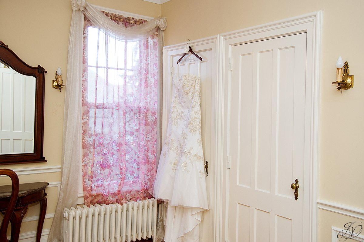 bridal gown, river stone manor