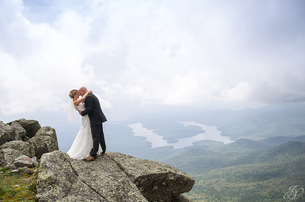 bride and groom whiteface mountain