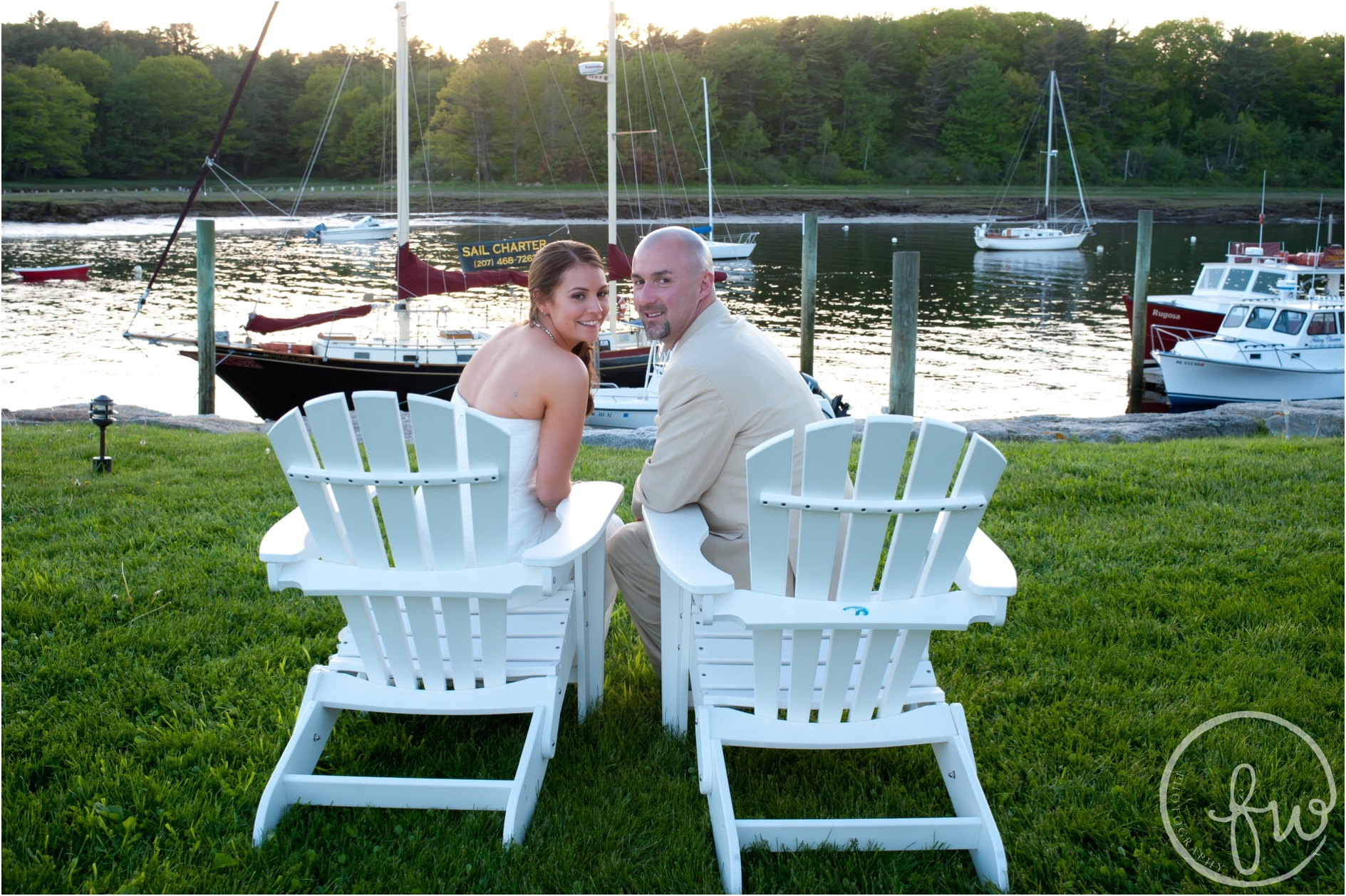 Memorial Day wedding at the Nonantum Resort in Kennebunkport photographed by Freestyle Weddings